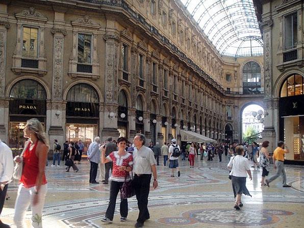 Milan italy lgbt travel on the dollar for Gay club milan