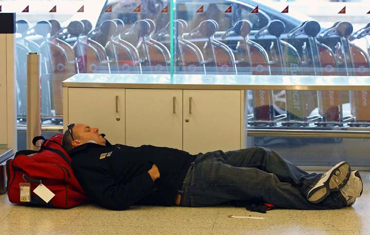 Tips on sleeping at the airports