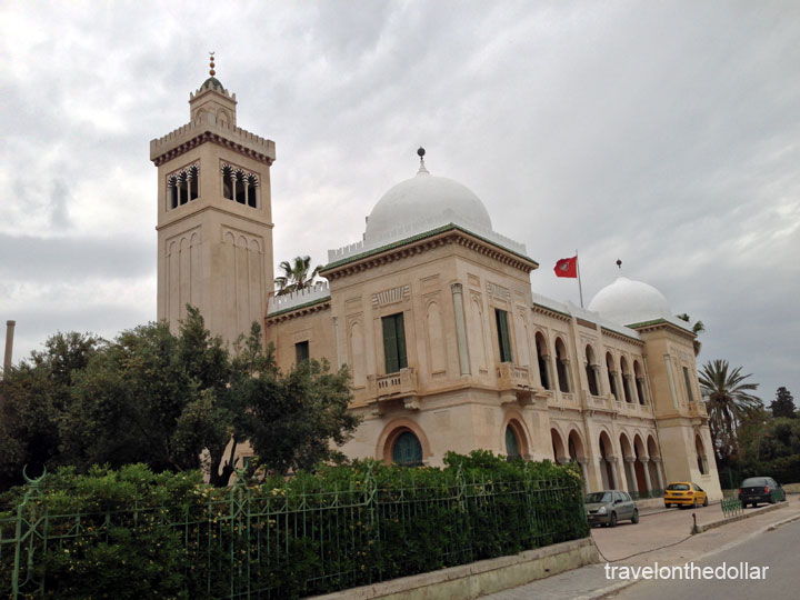 Tunis building