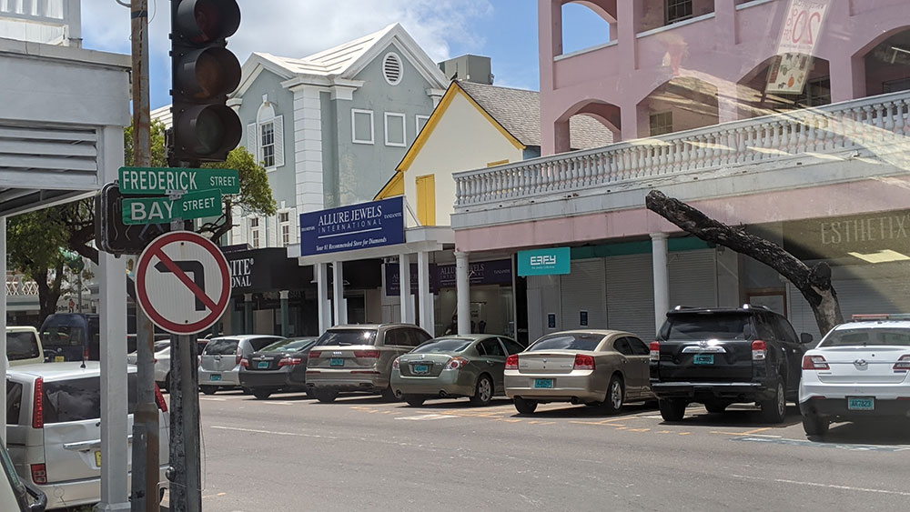 Frederick st and Bay st intersection in Nassau City Center